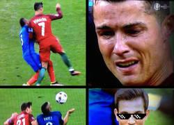 Enlace a Cedric vengando a Cristiano Ronaldo