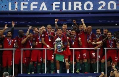 889656 - La selección portuguesa seguirá formándose