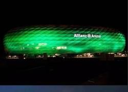 Enlace a Allianz Arena y un pepino