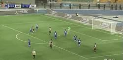 Enlace a GIF: Golazo de Andrei Arshavin en la liga de Kazajistán