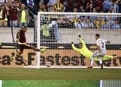 Enlace a Resumen de lo que ha sido esta Copa América Centenario y Eurocopa en 10 imágenes