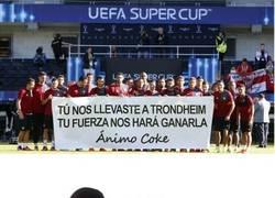 Enlace a Gran gesto del Sevilla con Coke