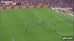 Enlace a GIF: Así fue el golazo de la Sampdoria ante el Barça, dándole de su propio 'Tiki-Taka'