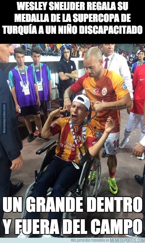 897603 - El gesto de Sneijder que se merece todo el respeto del mundo