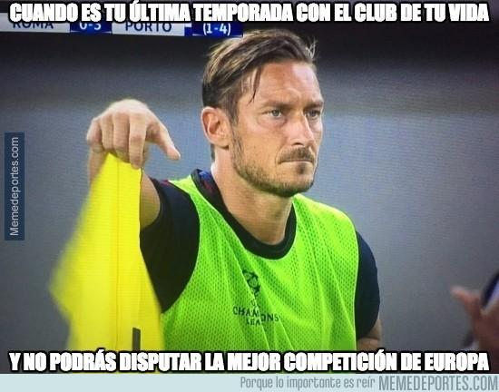 900998 - Pobre Totti...