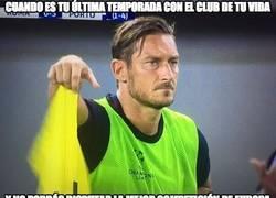 Enlace a Pobre Totti...