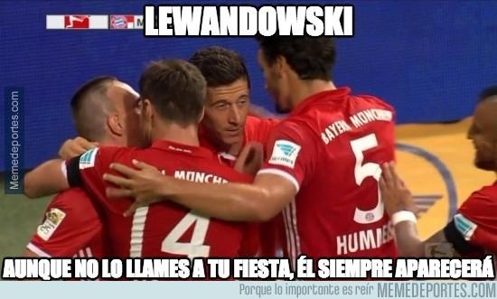 901886 - Lewandowski siempre igual