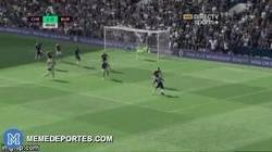Enlace a GIF: Golazo de Willian que amplía la ventaja del Chelsea