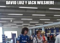Enlace a David Luiz y Jack Wilshere