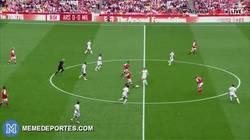 Enlace a No habrá terminado en gol pero las leyendas del Arsenal siguen a tope