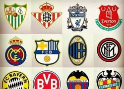 Enlace a Así serian los escudos de estos equipos con los colores del máximo rival
