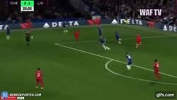 Enlace a GIF: ¡EL GOLAZO DE LA JORNADA YA! Henderson aumenta el marcador con este bombazo ante el Chelsea