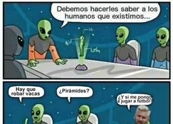 Enlace a ¿Cómo lo hacen los aliens para darnos a conocer su existencia?