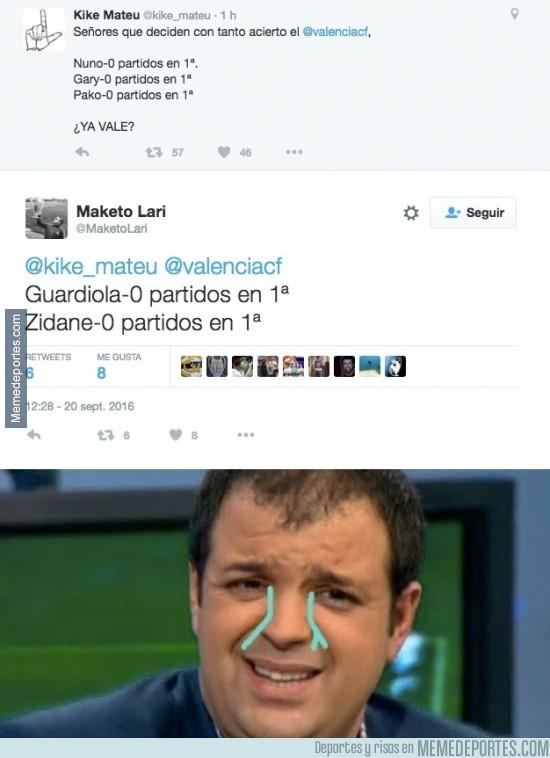 909685 - Kike Mateu queda retratado él solito en twitter