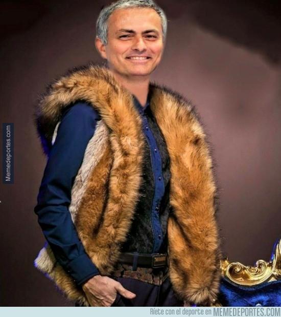910836 - El abrigo que se ha hecho Mourinho, 100% piel de FOX