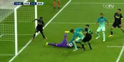 Enlace a GIF: ¡Piqué completa la remontada del Barça!
