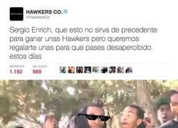 Enlace a El community manager de @hawkersco se la saca con este tweet para Sergi Enrich