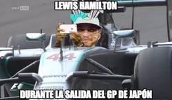 Enlace a Salida pésima, poniendo el mundial en bandeja a Rosberg