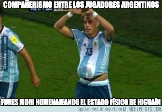 915238 - Cuánto compañerismo en Argentina