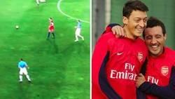 Enlace a El inglés Henderson intenta hacer un pase a lo Ronaldinho y pasa esto