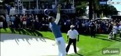 Enlace a GIF: Sabes que Curry no es el de antes cuando un golfista lo derrota en su deporte