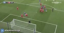Enlace a GIF: El gol de Diego Costa que adelanta al Chelsea frente al Leicester
