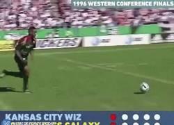 Enlace a GIF: Así eran las tandas de penaltis en la MLS en los años 90