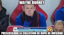 Enlace a Wayne Rooney presentando colección de ropa de invierno en el banquillo