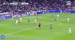 Enlace a GIF: Así ha sido el gol de Bale que abría el marcador frente al Legia
