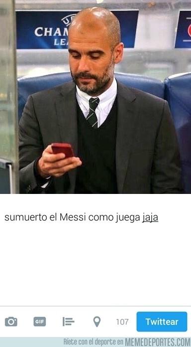 917856 - Guardiola durante el partido contra el Barça