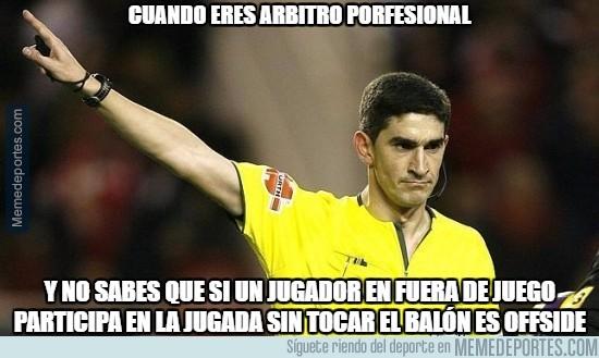 918410 - El nivel de los árbitros en España...