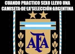 Enlace a ¿Por qué llevar una camiseta de la selección Argentina?
