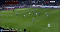 Enlace a GIF: El gol de Morata que sentencia el partido y la eliminatoria