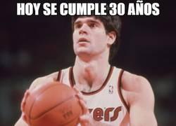 Enlace a El primer español en la NBA