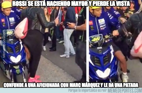 924334 - Rossi liándola en el circuito de Valencia con una aficionada