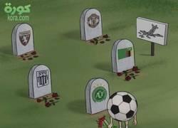 Enlace a El fútbol llorando los accidentes aéreos