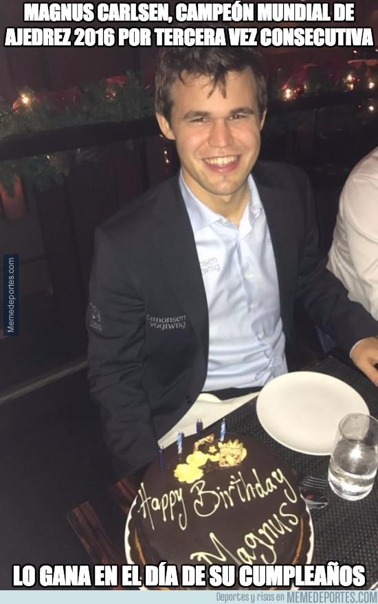 929044 - Sólo al alcance de pocos cracks como Magnus Carlsen