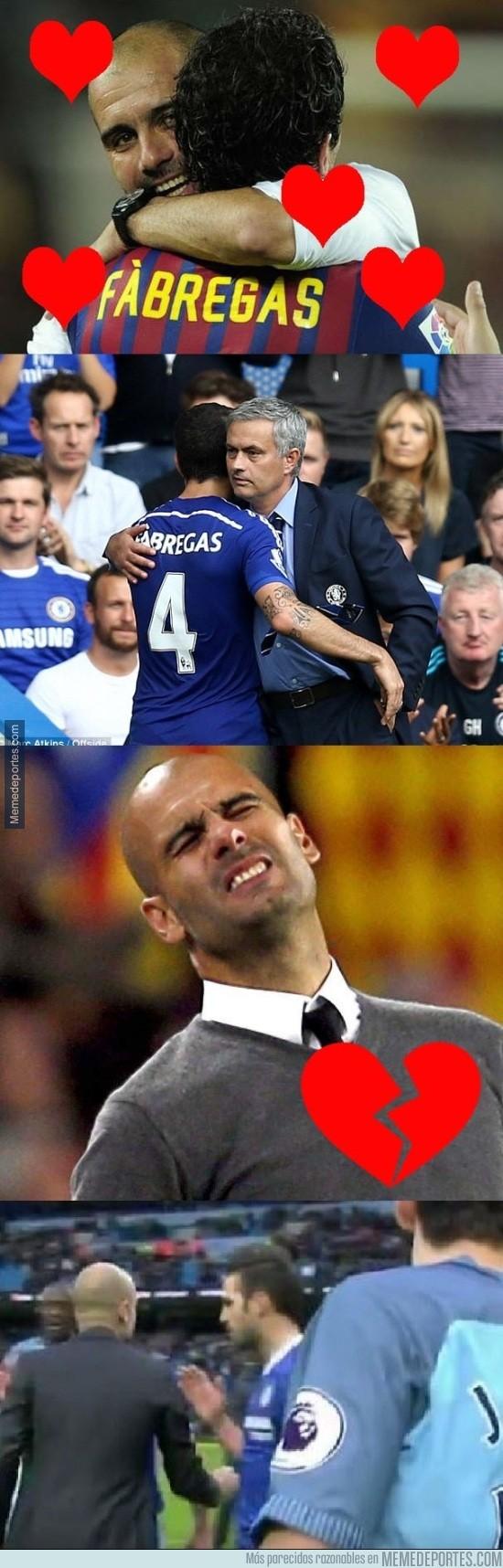 929912 - ¿Por qué Guardiola le negó el saludo a Fabregas?