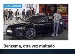 Enlace a Benzema la vuelve a liar con el coche