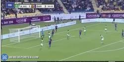 Enlace a GIF: Gooooooool de Paco Alcácer que se estrena con el Barça en un amistoso en Qatar
