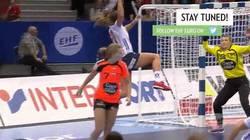 Enlace a Camilla Herrem, mejor extremo izq del Europeo de balonmano, nos regala otra roscaza en la final