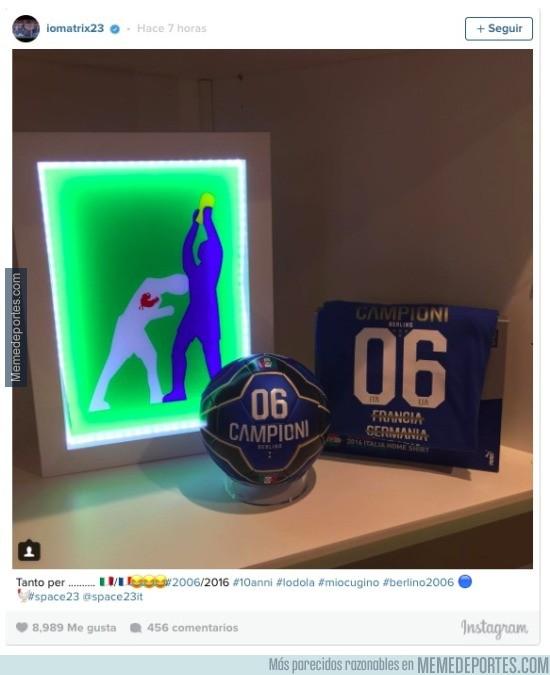 934265 - El 'regalito' vacilando que Materazzi le ha dejado a Zidane en Instagram