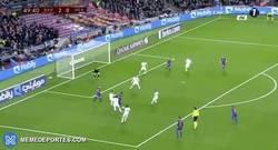Enlace a GIF: Gran gol de Rafinha contra el Hércules
