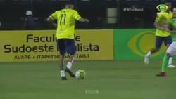 Enlace a Oponente suplica a Neymar que no lo humille, pero Ney lo hace igualmente