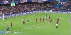 Enlace a GIF: Golaaaaazooo de Pedro para adelantar al Chelsea