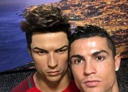Enlace a Internet se cachondea de Cristiano Ronaldo tras felicitar así la Navidad