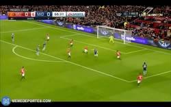 Enlace a GIF: Sorpresa en Old Trafford, se adelanta el Boro con gol de Leadbitte