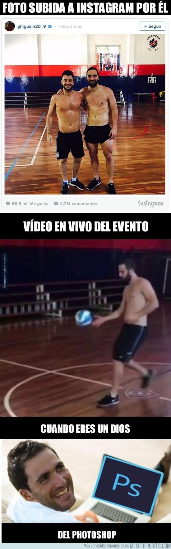 936219 - Higuaín retoca sus fotos pero olvida que hay un vídeo donde se le ven las lorzas