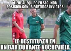 Enlace a Vergonzoso el Castellón despidiendo a su entrenador