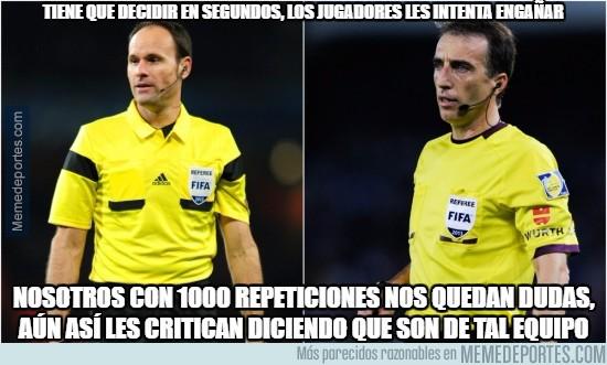 937011 - Ayer Mateu, hoy Fernández Borbalán, rompamos una lanza a favor de los árbitros